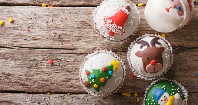 mesa-dulce-navidena-cupcakes