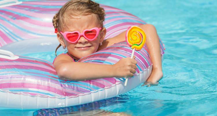 juegos-en-la-piscina.jpg